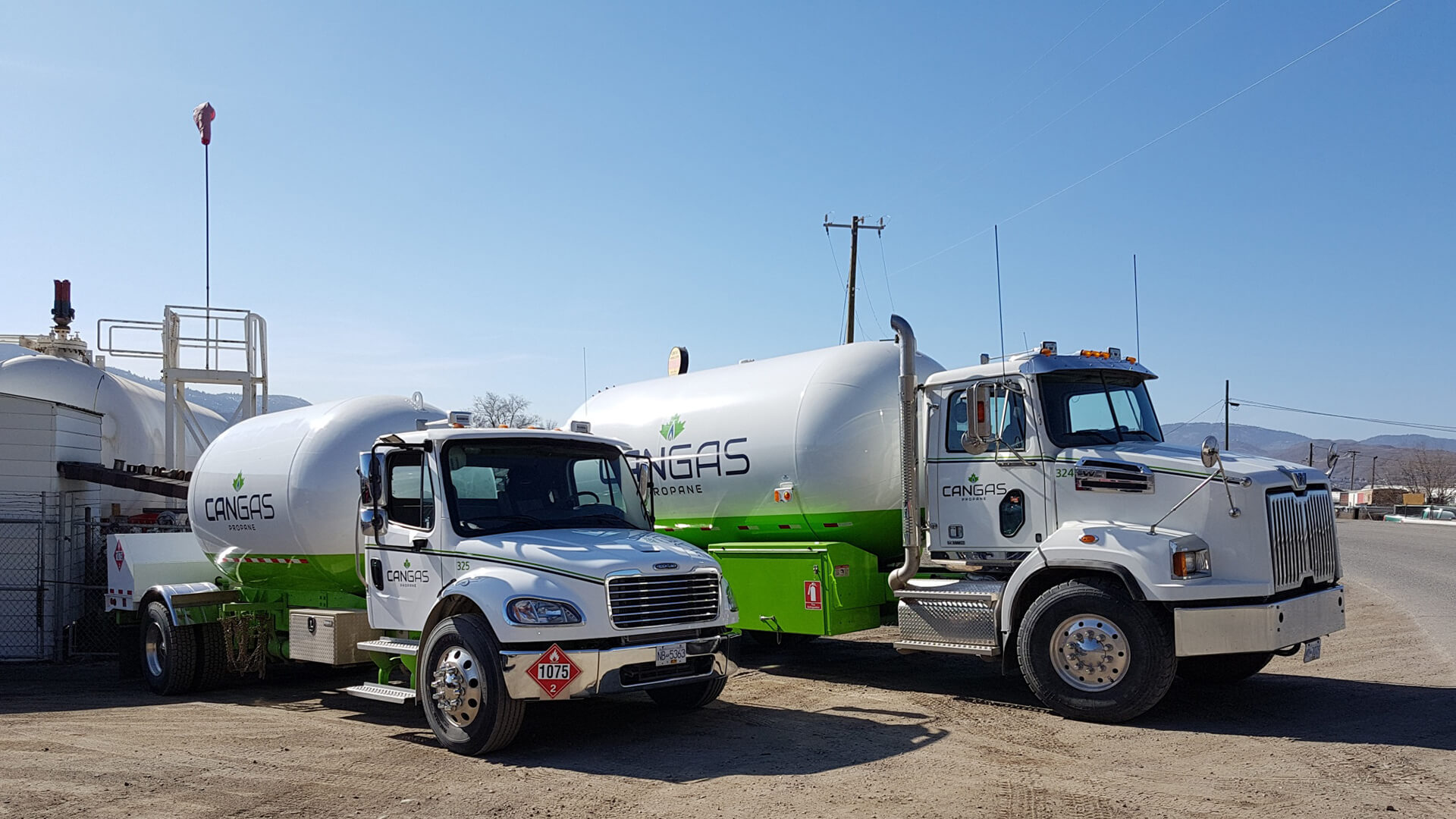 CanGas delivery trucks - Propane delivery